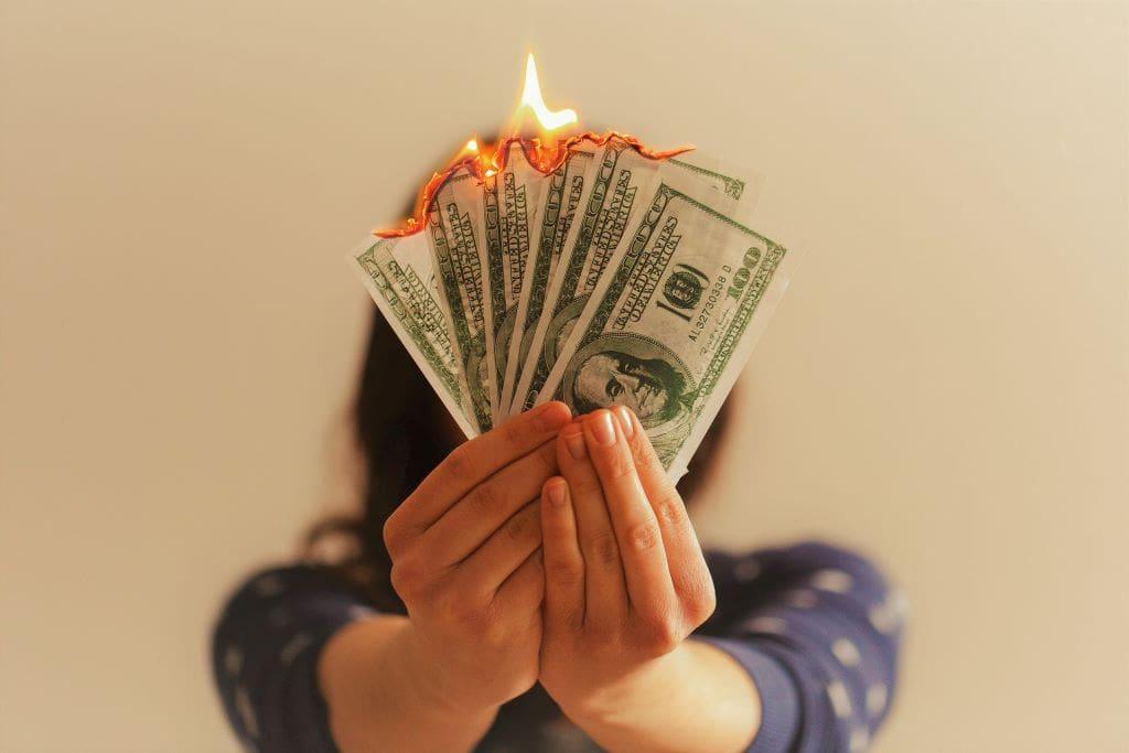 Differenza tra spendere e investire